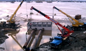 Diesel hydromonitors for pulp pumping