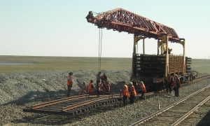 Power supply camps railway builders to Yamal